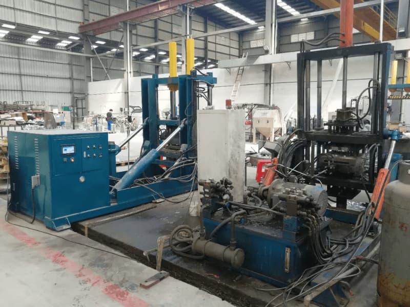Tilt gravity Casting machine